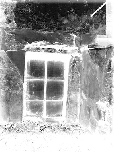 Old House's Window (negativ)